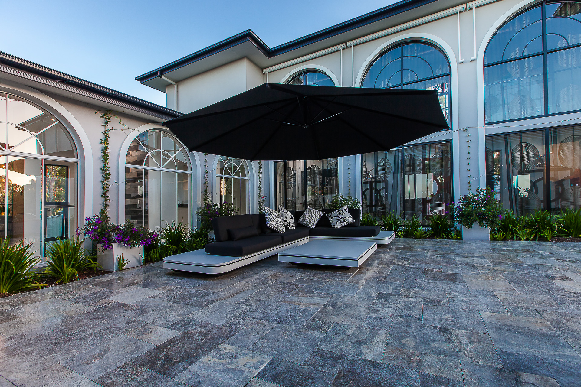 luxury alfresco lounge, outdoor seating, tim christopher design, minka joinery