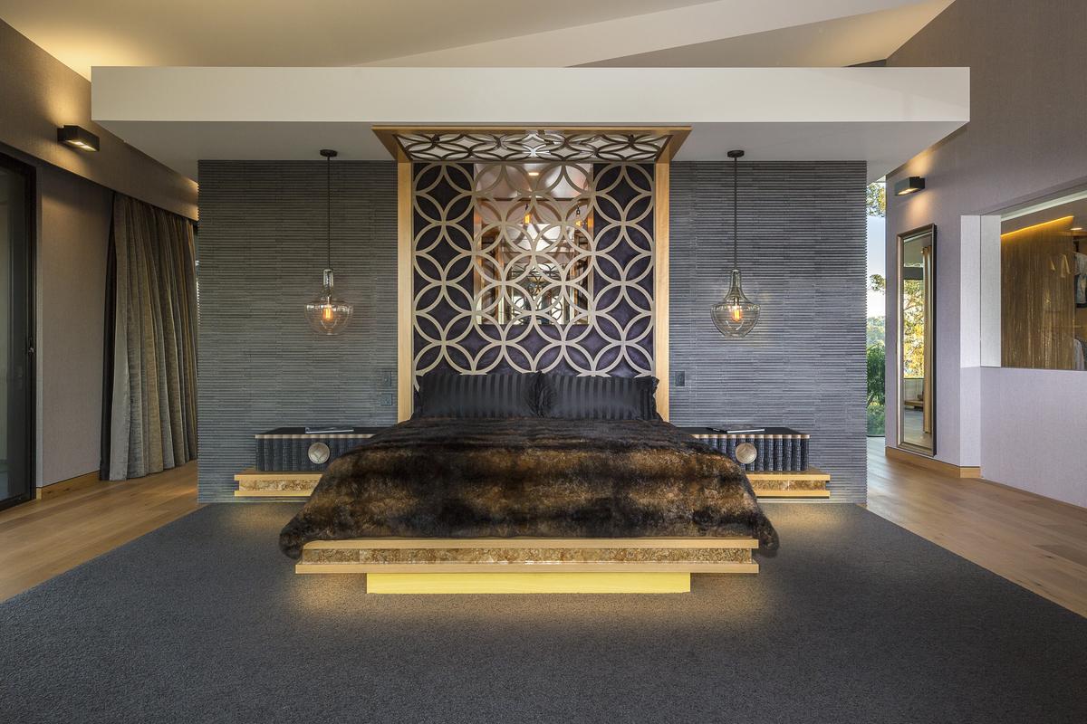 bed, bespoke bedroom furniture, beautiful bedroom, designer bedroom, designer bed, minka joinery