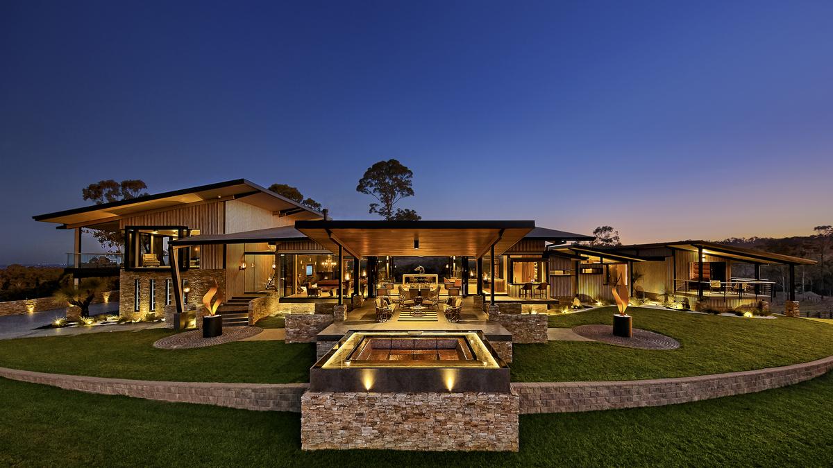 Contemporary house, farm house, architect designed, designer inteiors, minka joinery