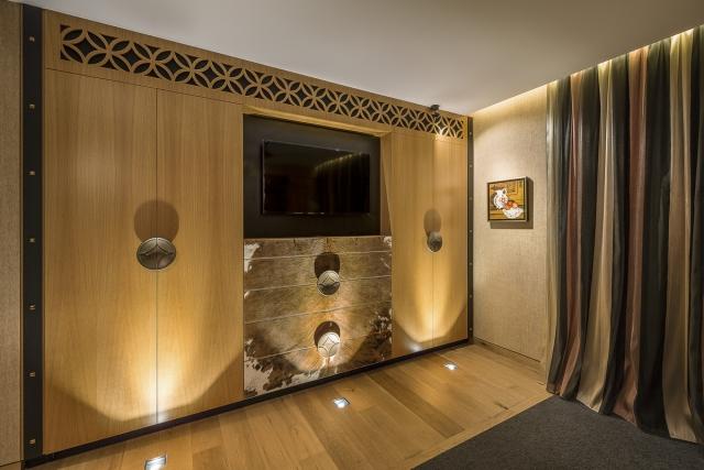 bedroom robe, wardrobe, custom made, luxury, designer, american oak, thermoformed corian, cowhide, minka joinery