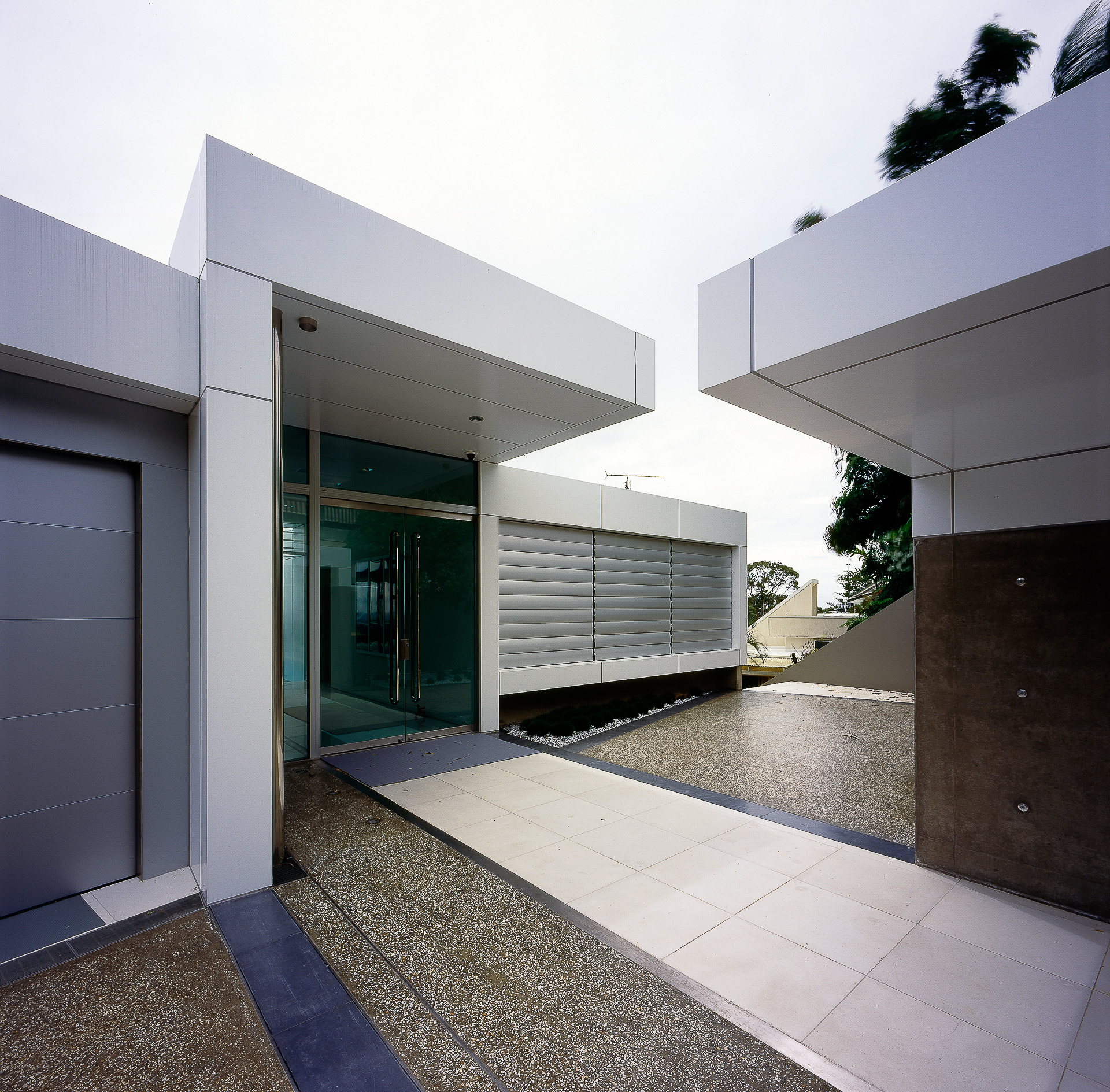 ultramodern house, alucabond, futuristic, Luxury, monolithic, cast concrete, sunshine coast, minka joinery