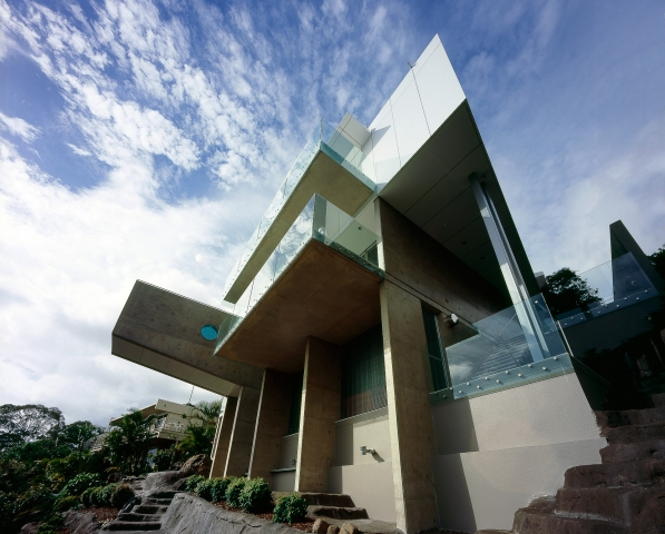 ultramodern house, futuristic, monolithic, concrete, sunshine coast, minka joinery