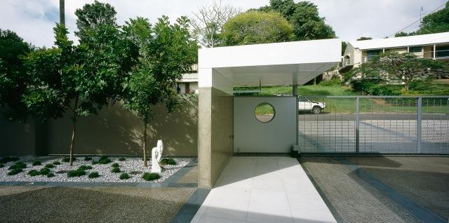 ultramodern house, alucabond, futuristic, monolithic, cast concrete, sunshine coast, minka joinery