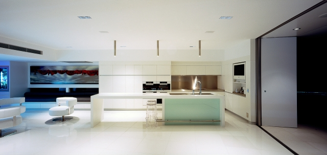 White kitchen, corian, glacier white, luxury kitchen, ultramodern kitchen, minimal kitchen, minka joinery