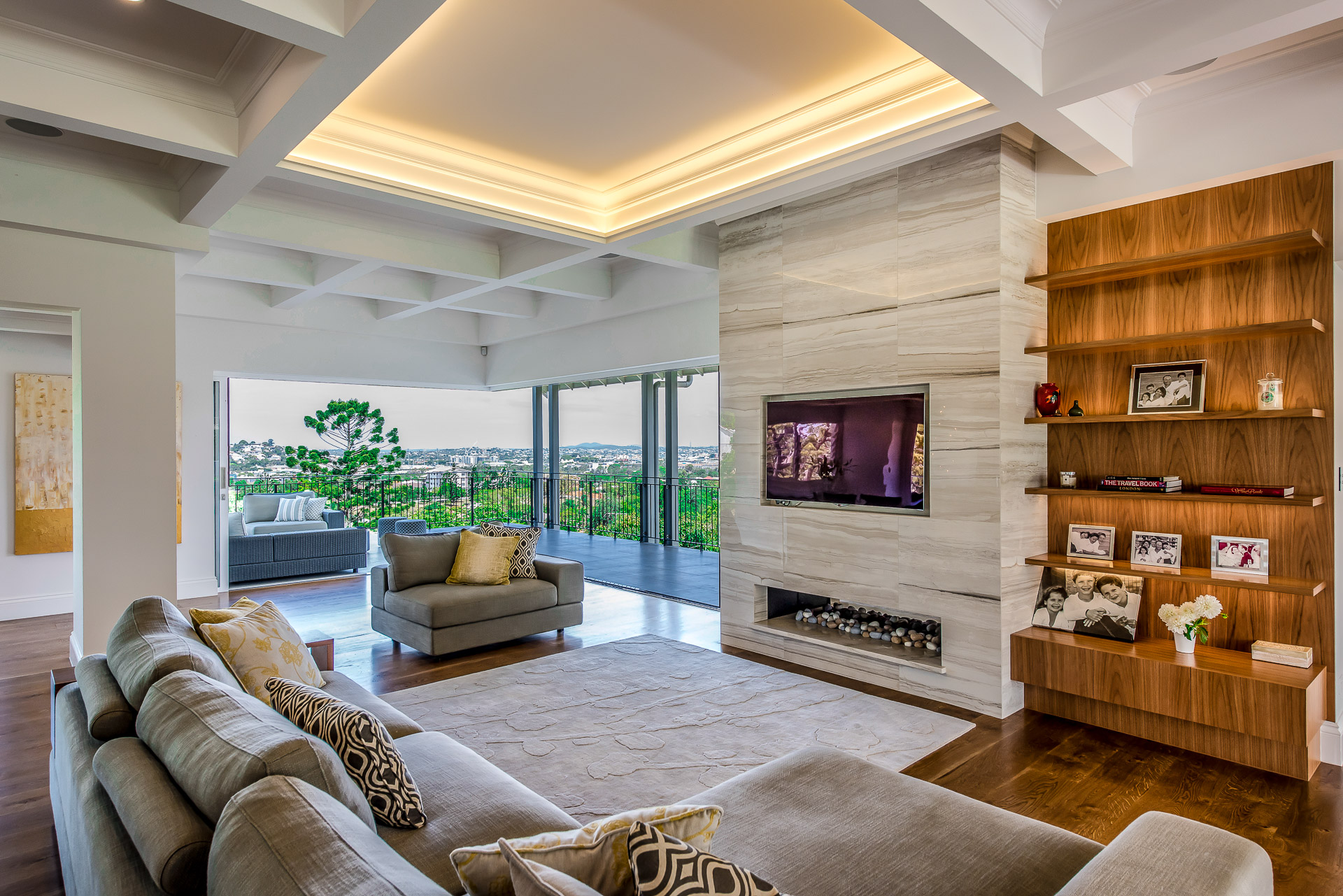 Luxury fireplace, custom book shelves, architecture, luxury interiors, minka joinery, Cowan Constructions, brisbane, queensland