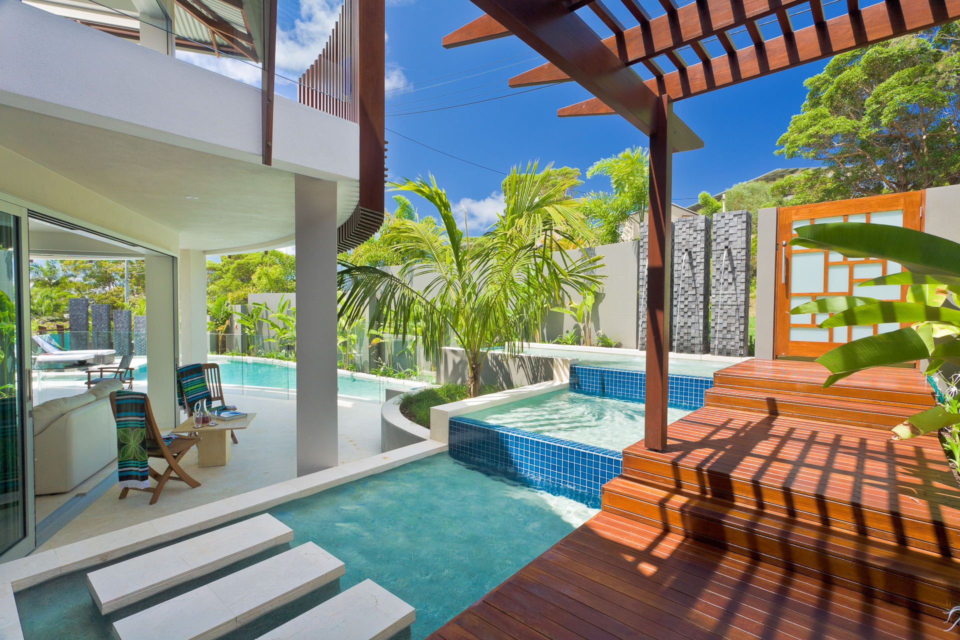 luxury swimming pool, Resort Style Modern House, beach house, pool, sunshine coast, minka joinery