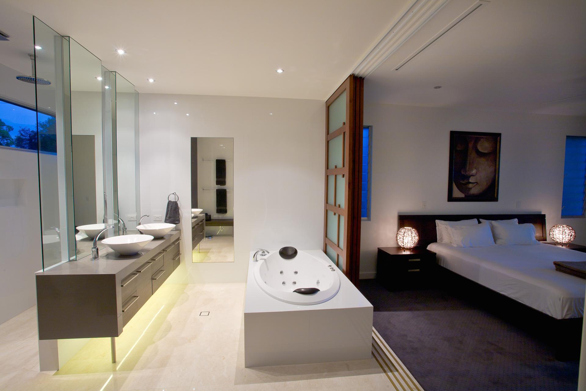 bathroom, vanity, ensuite, new age veneers, caesarstone, mirror, luxury, minka joinery